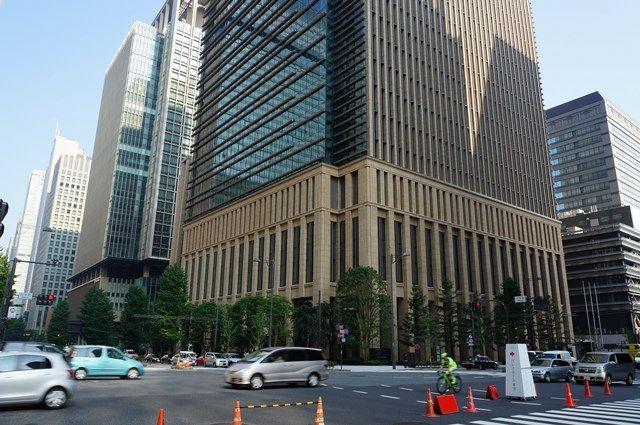 三井住友銀行本店東館 2015年8月上旬
