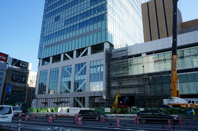 「JR新宿ミライナタワー」 2015.11.28