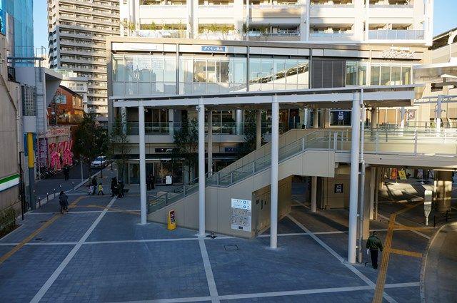 京急蒲田西口駅前広場 2015.12.29