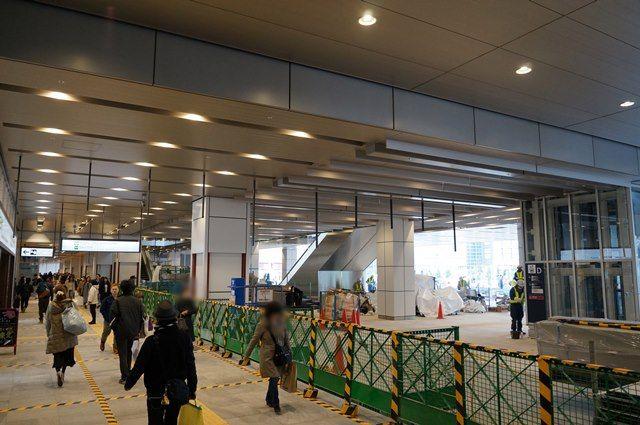 新宿駅新南口 2016.3.21