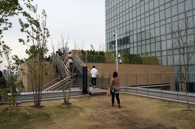 バスタ新宿 屋上庭園 2016.4.9