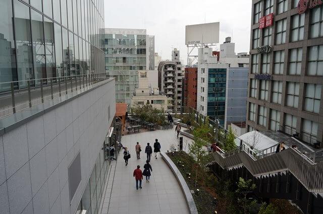 バスタ新宿 屋上広場から見た様子 2016.4.9