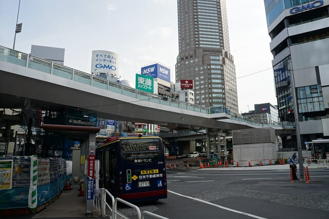 渋谷駅西口歩道橋架け替え工事 2020.5.30